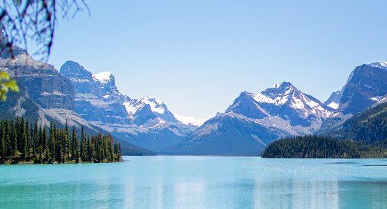 Maligne lake in Jasper National Park (Canada)