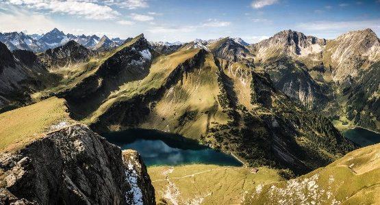Sharp peaks in Alps (Austria)