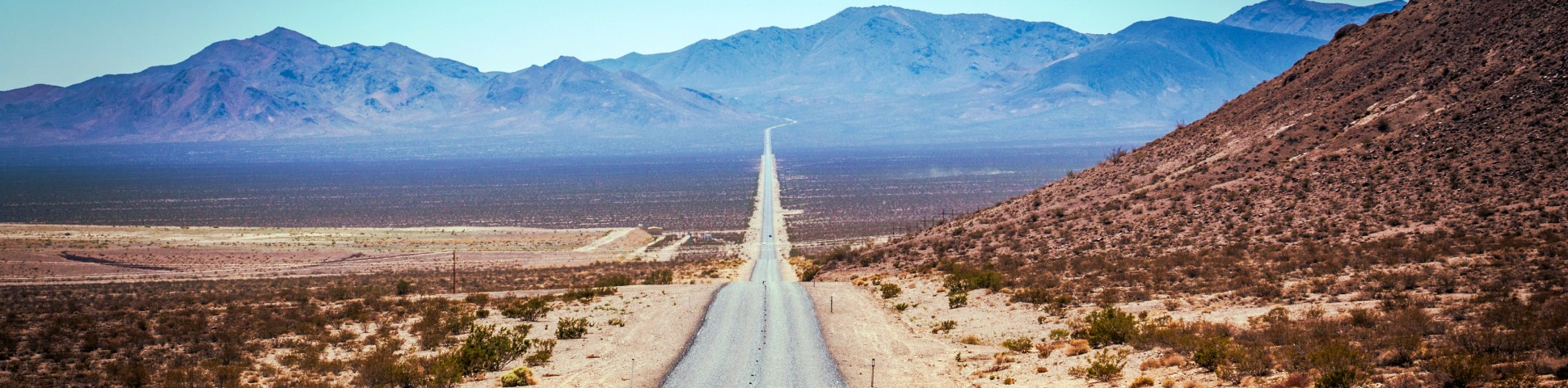 Road in the Death Valley (California)