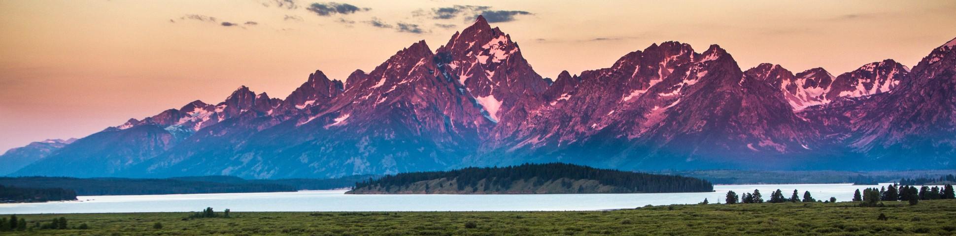 Sunset over Grand Teton National Park (Wyoming)