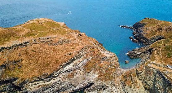 Beautiful coastline at Cornwall