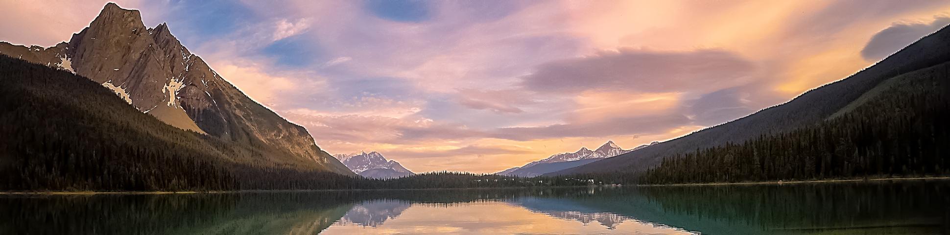 Panoramic view from Banff and Jasper Hiking Tour