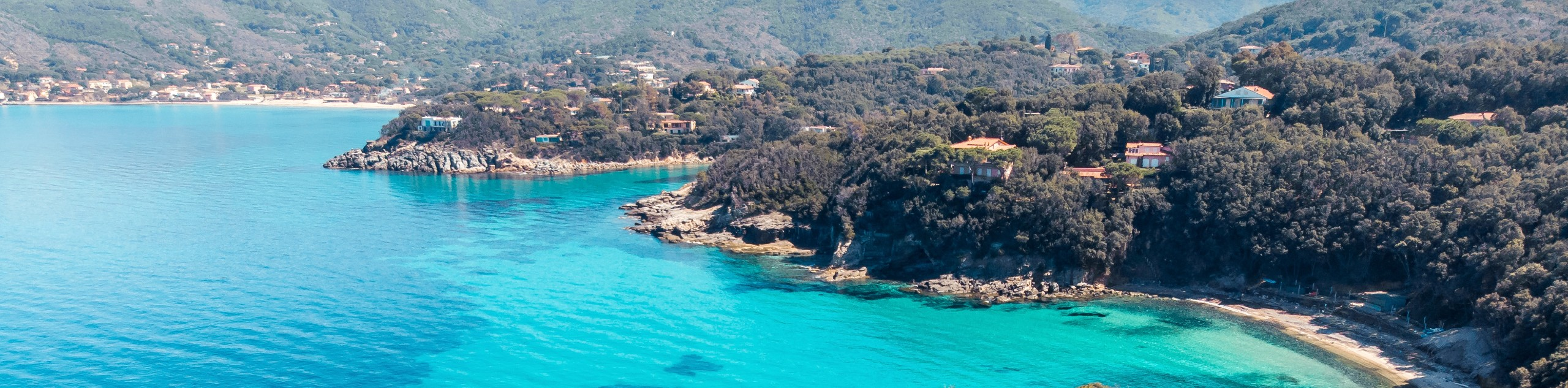 Turquoise colors along the Elba Island shores
