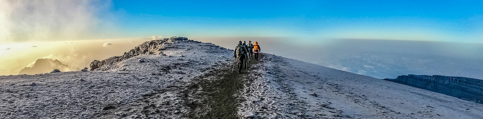 Panoramic view from Mount Meru Trek