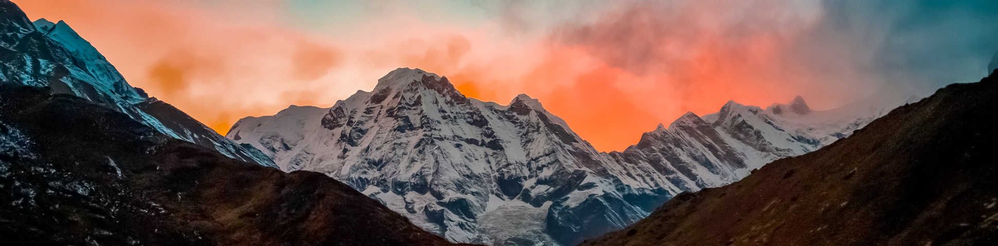 Panoramic views from Annapurna Base Camp Trek