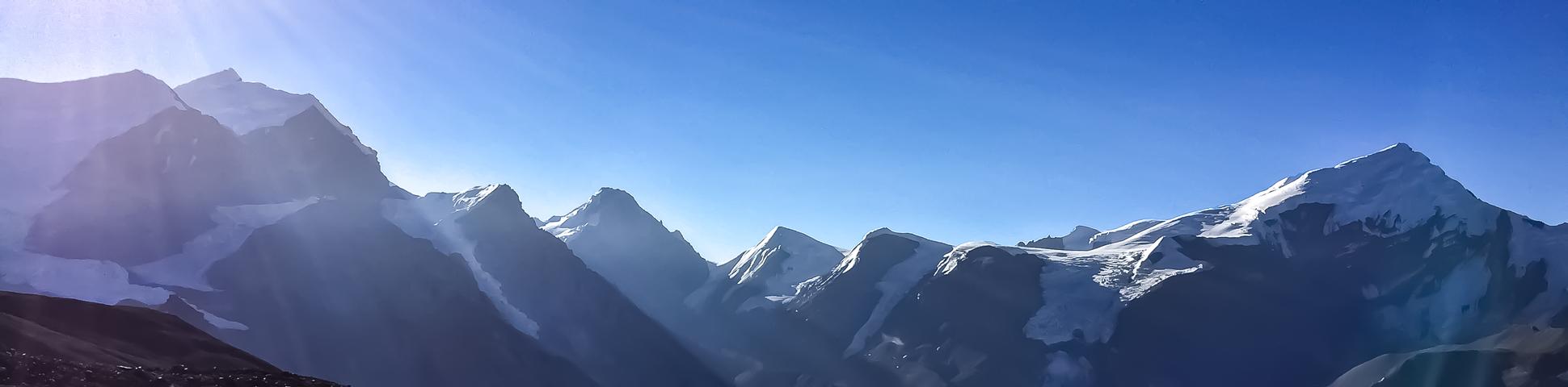 Panoramic view from Annapurna Circuit Trek