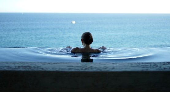 Lady in a swimming pool, Wellness Tours