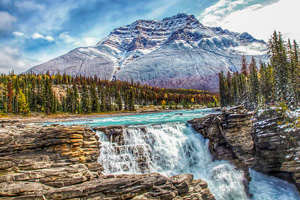 Banff and Jasper Hiking Tour in Hotels teaser