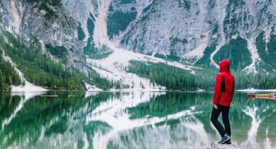 Lago di Braies in Dolomites