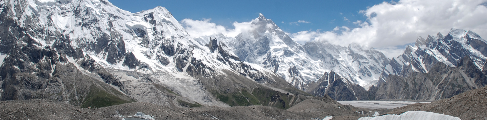 Panoramic mountain view on guided trekking tour to K2 Base Camp in Pakistan