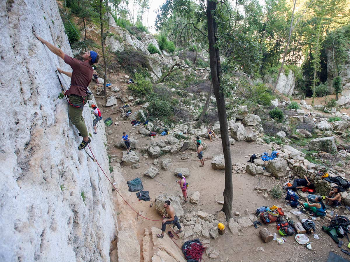 Rock climbers on climbing tour in Savona