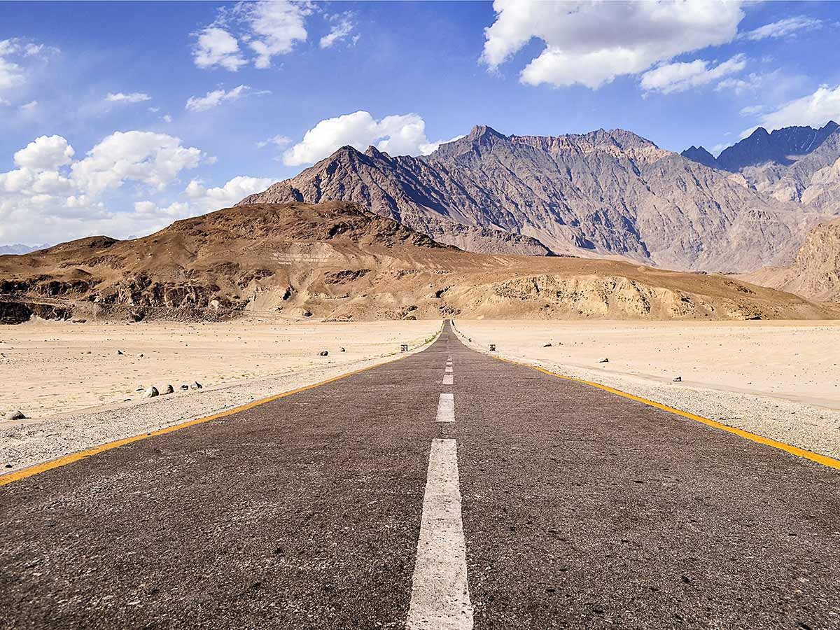 Road to Sighar Valley on guided Overland Tour in Skardu Valley Pakistan