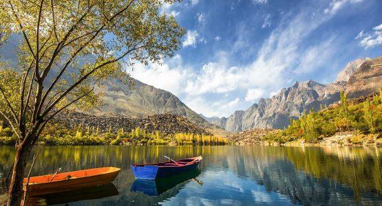 Upper Kachura Lake on guided Overland Tour in Skardu Valley Pakistan