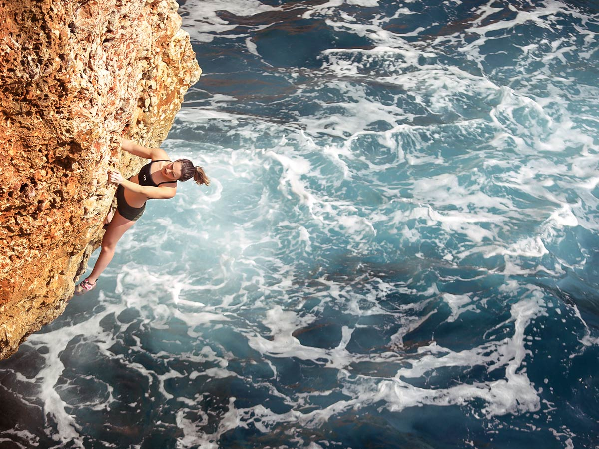 Deep water free solo climbing camp in Mallorca, Spain