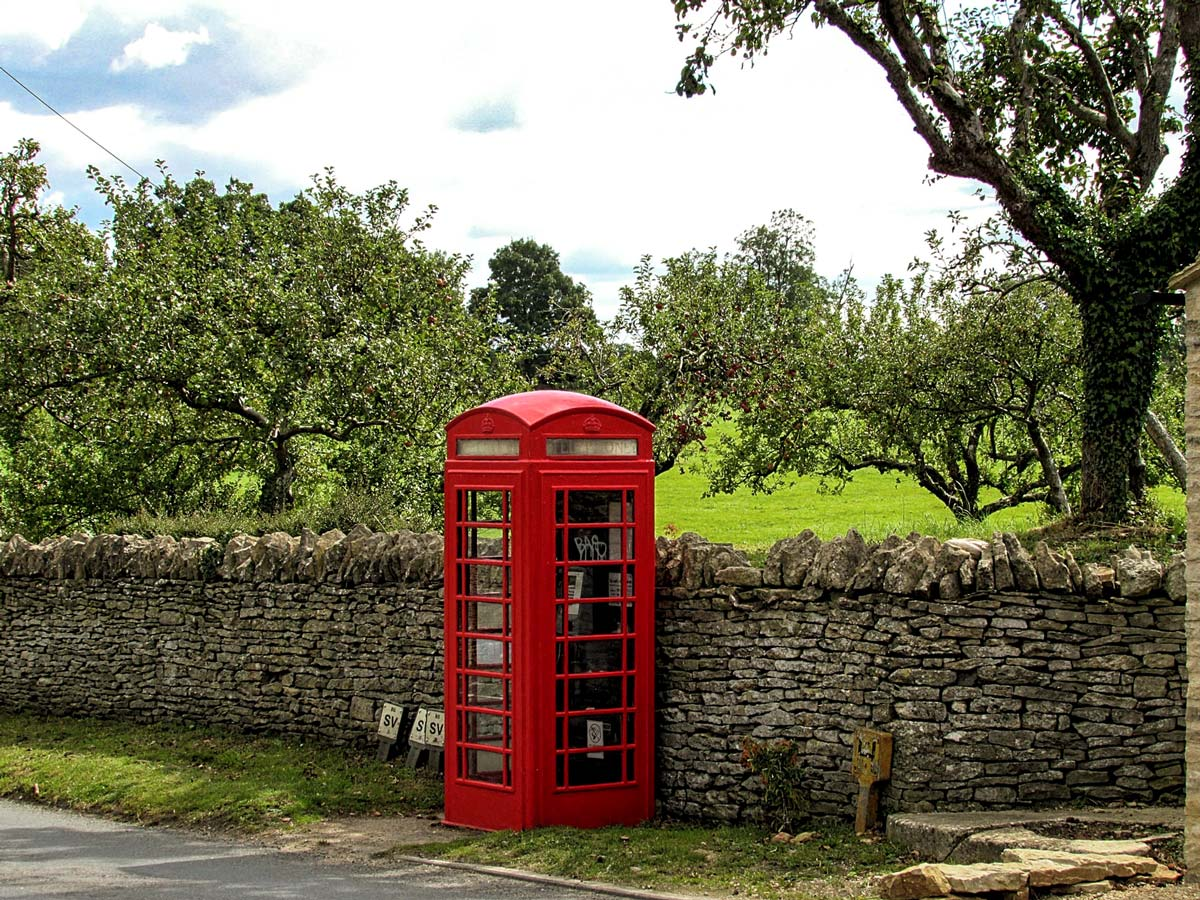 Make a call on the Cotswold way