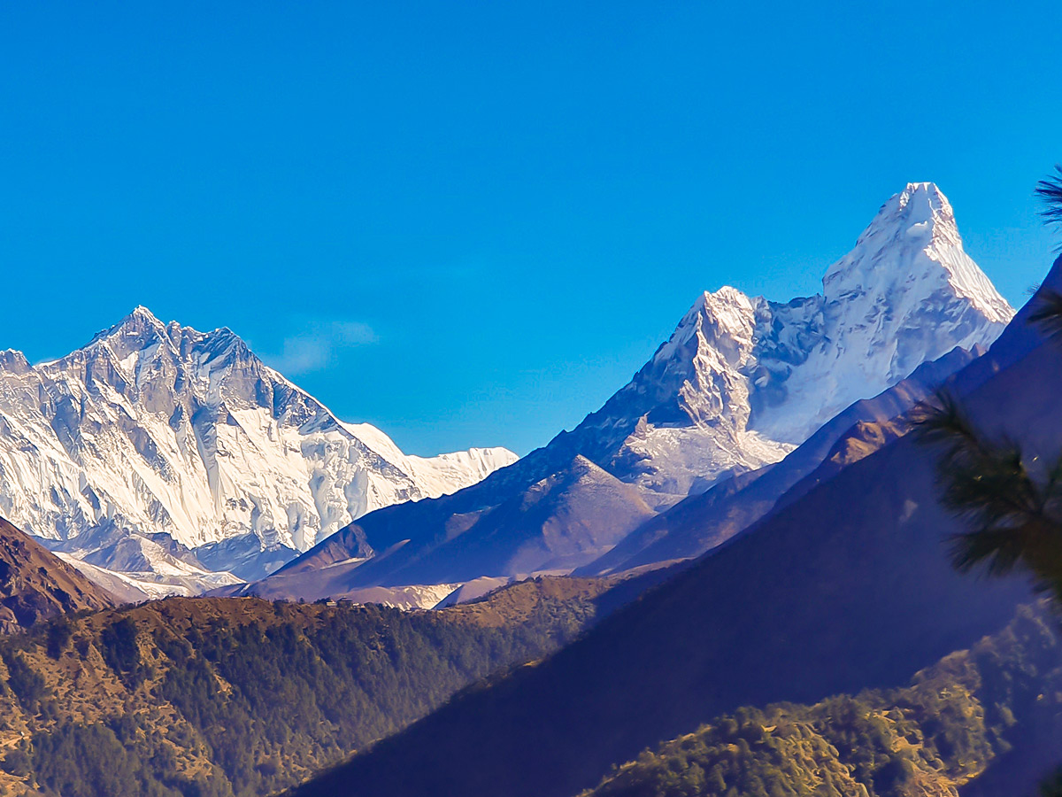Snowy Himalayan mountain peaks on Everest Base Camp trek in Nepal