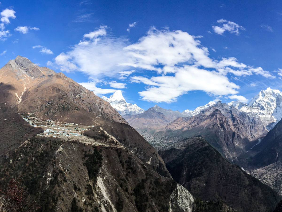 Himalayan mountains along the trail of Everest Panorama Trek in Nepal