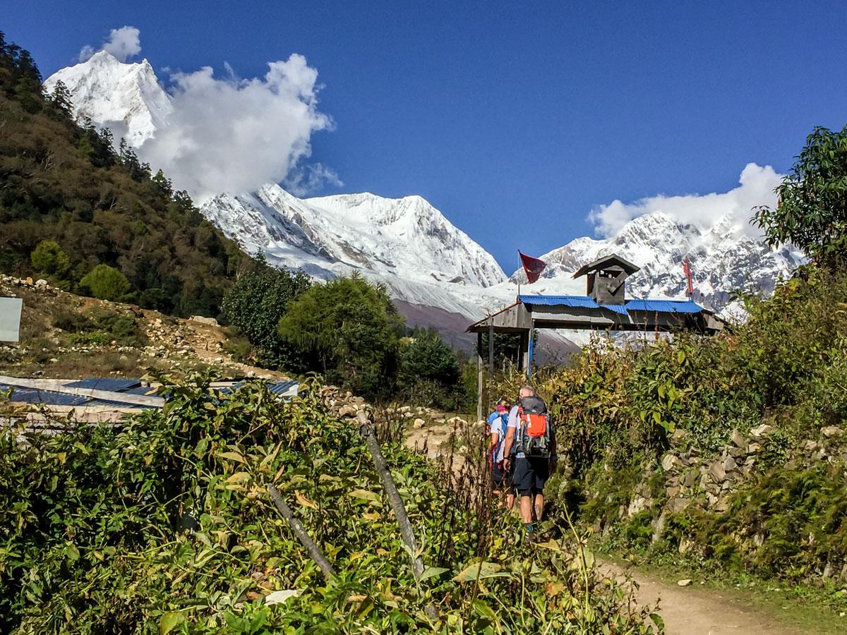 Snowy peaks along Manaslu Circuit trek in Nepal