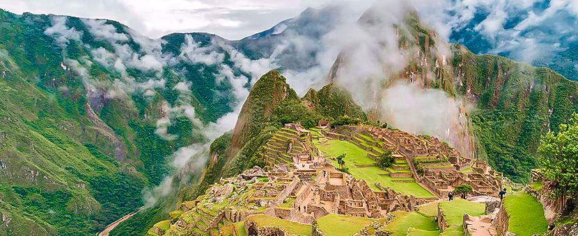 Valencia Travel Peru Ausangate