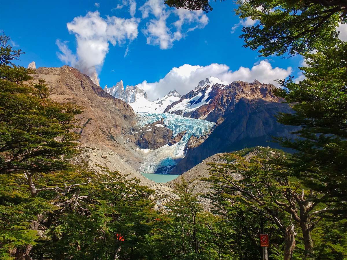 Piedras Blancas Viewpoint is one of the highlights of the Fitz Roy Glacier Perito Moreno Trek