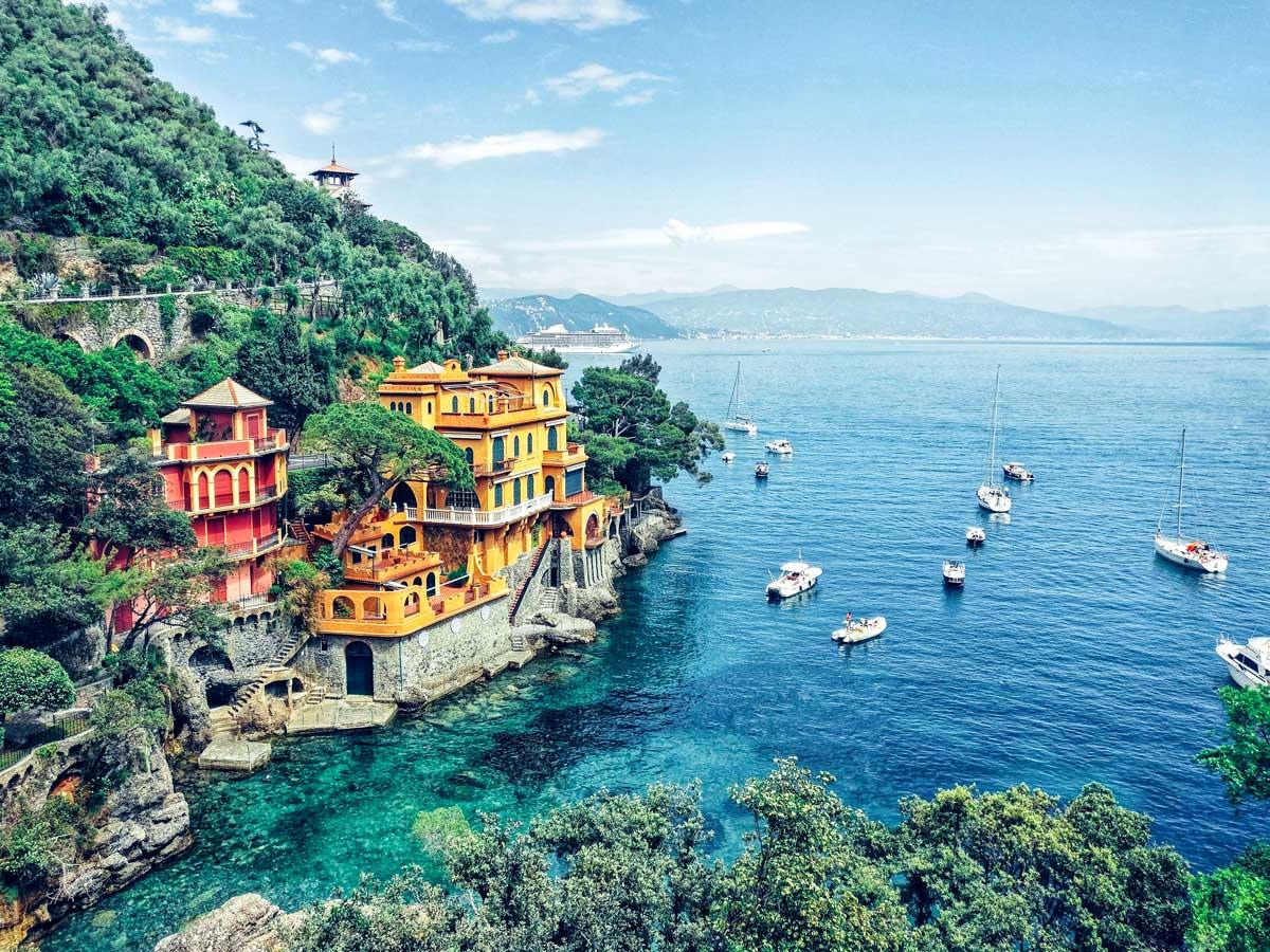 Self guided trek between Portofino and Porto Venere in Cinque Terre has amazing views of Italian Coast