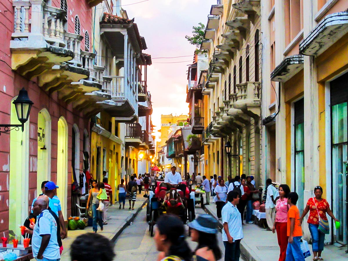 Cozy streets of Cartagena seen on Colombia Off Road