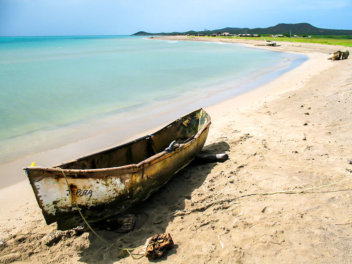 Exploring the Caribbean Tour in Colombia includes visiting several pristine beaches in Northern Colombia