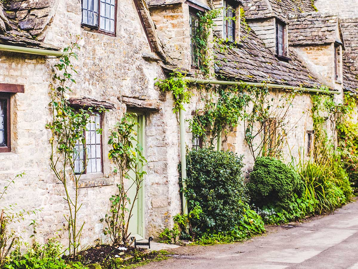 Stratford to Bath Cycling Tour includes visiting Bibury