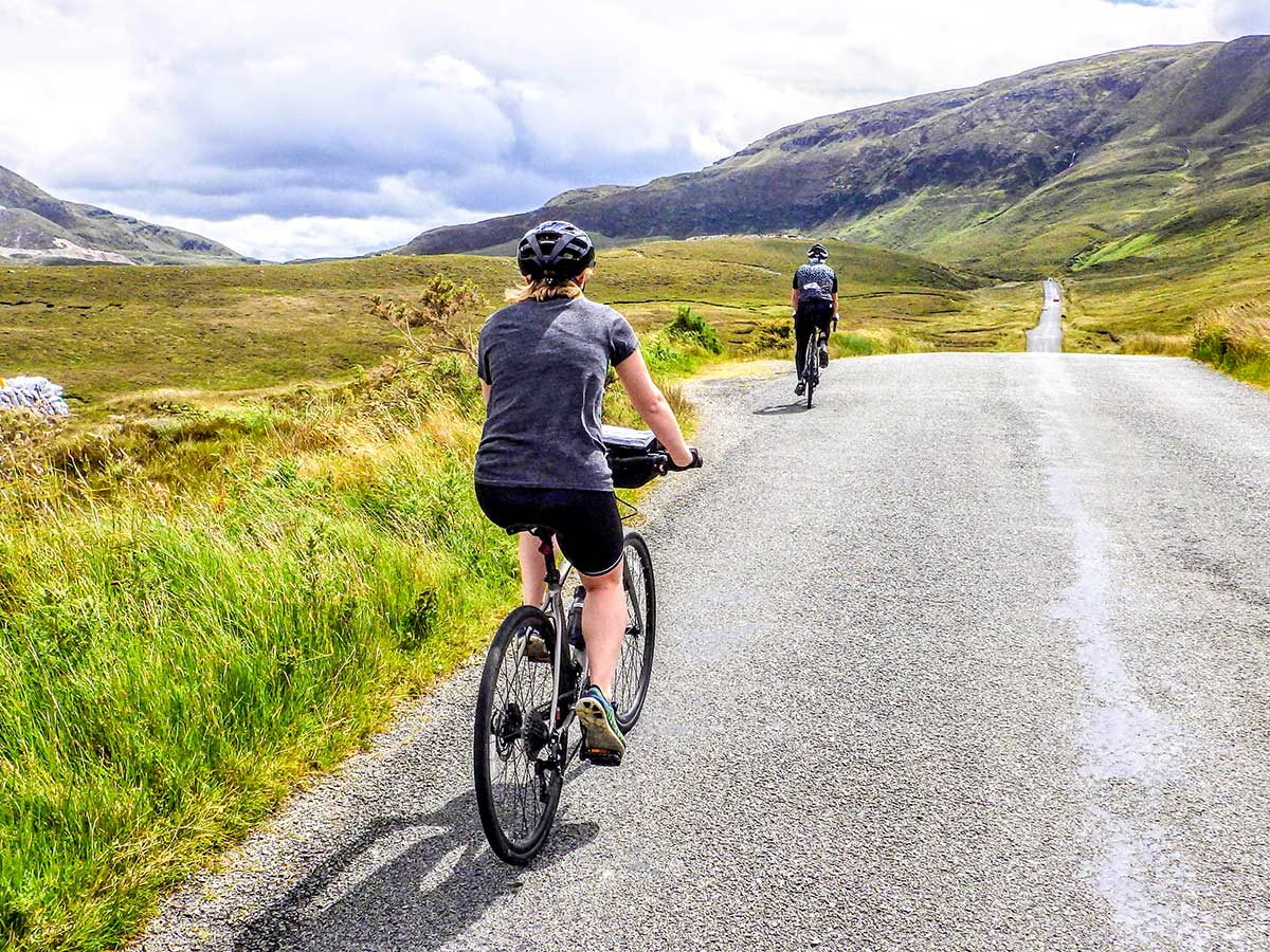 Deluxe Cycling in Kerry Mountains Tour includes biking throught the beautiful countryside of Ireland