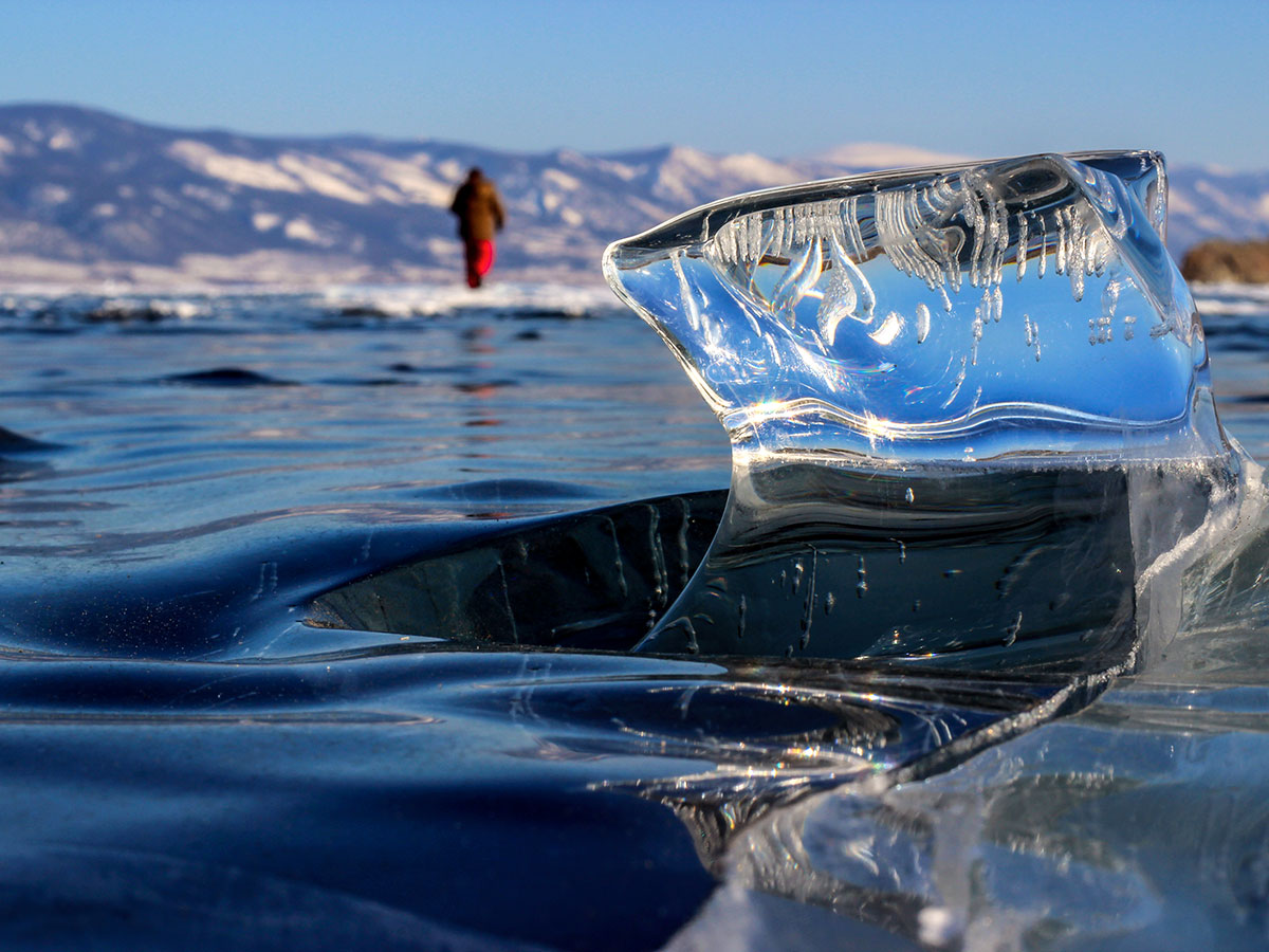 Ice formations on lake baikal during the Grand Crossing Tour