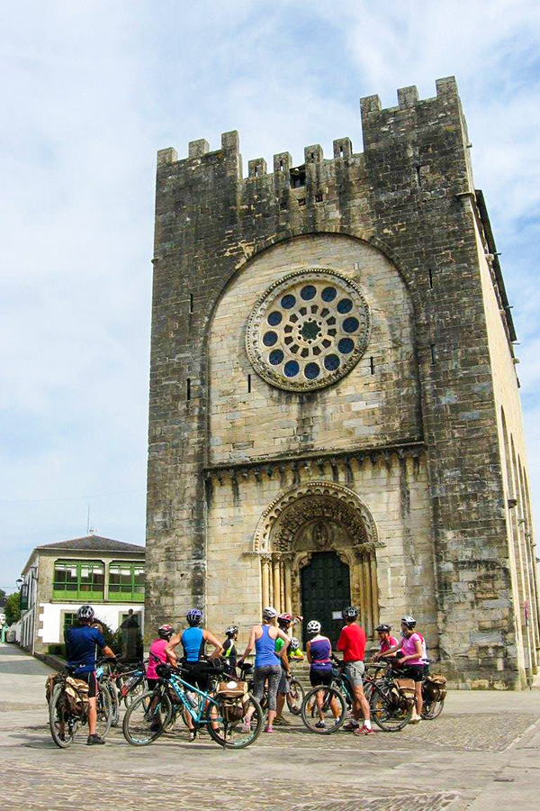 Visiting Palas de Rei is one of the highlights on French Camino Biking Tour