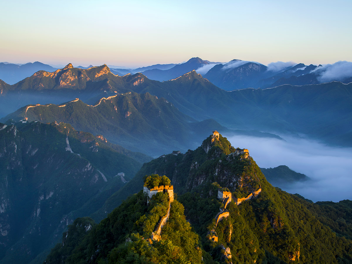 Wild China Tour includes visiting the most famous monuments in China