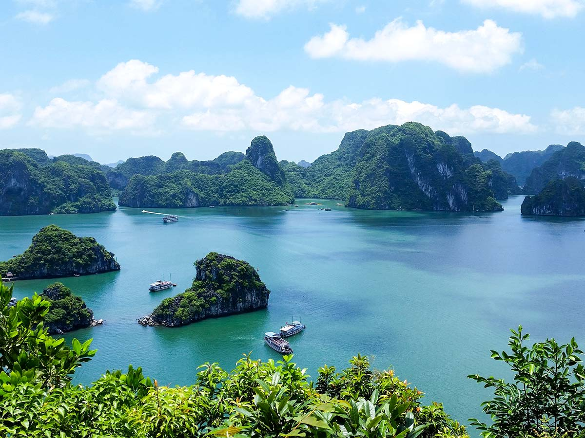 Northern Vietnam Mountain Biking Tour visiting the famous Halong bay
