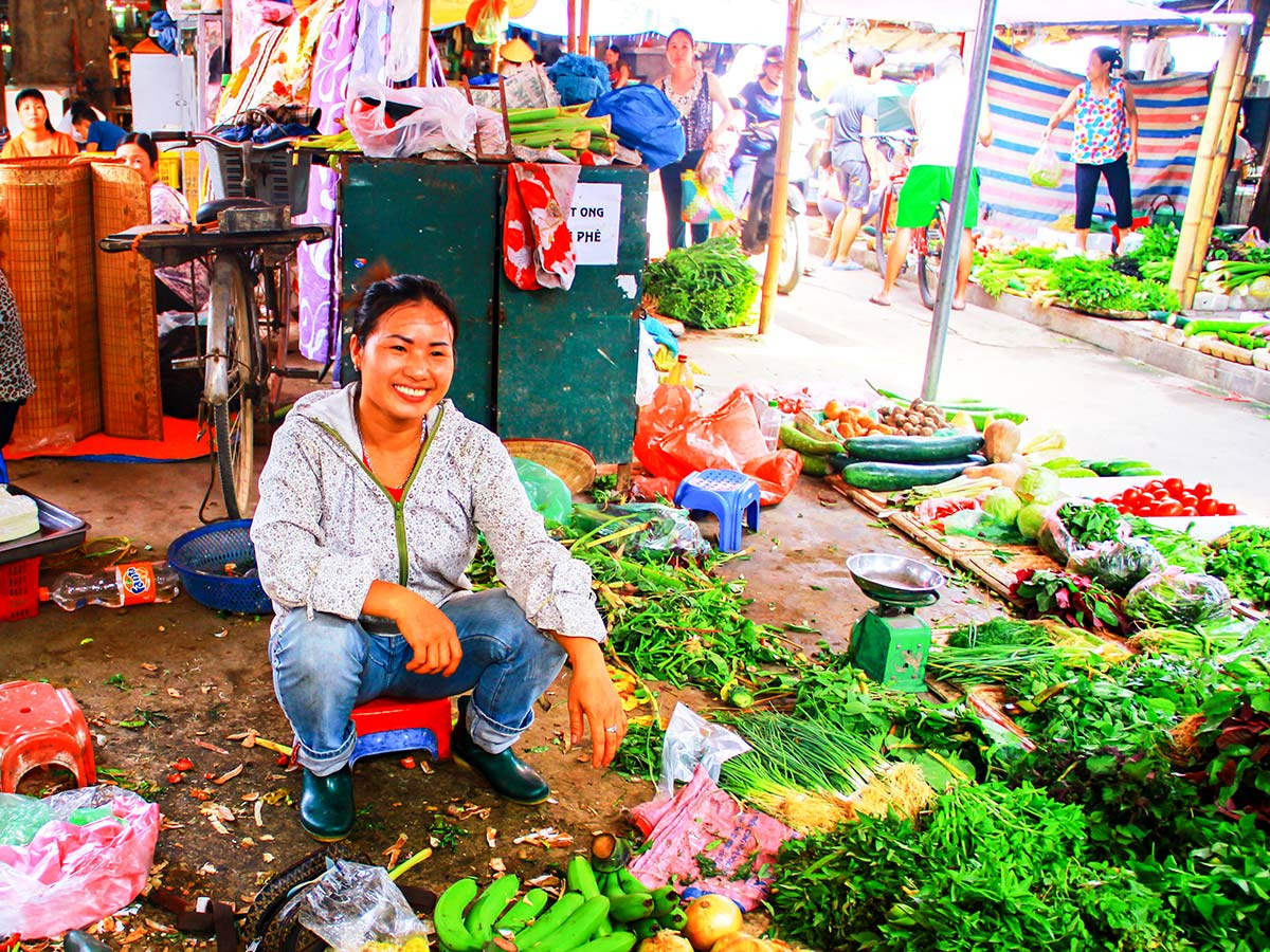Best way to learn about Vietnamese everyday life is Vietnam Life and Cuisine Tour