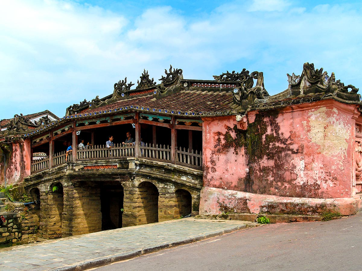 Vietnam Tropical Journey Tour include visiting the beautiful Japanese Bridge in Hoi An