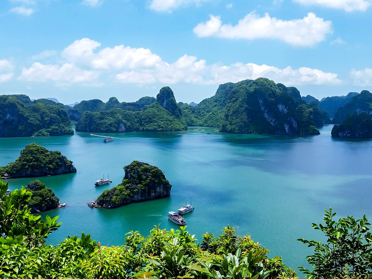Soft Eco Adventure Tour include visiting the famous Halong Bay
