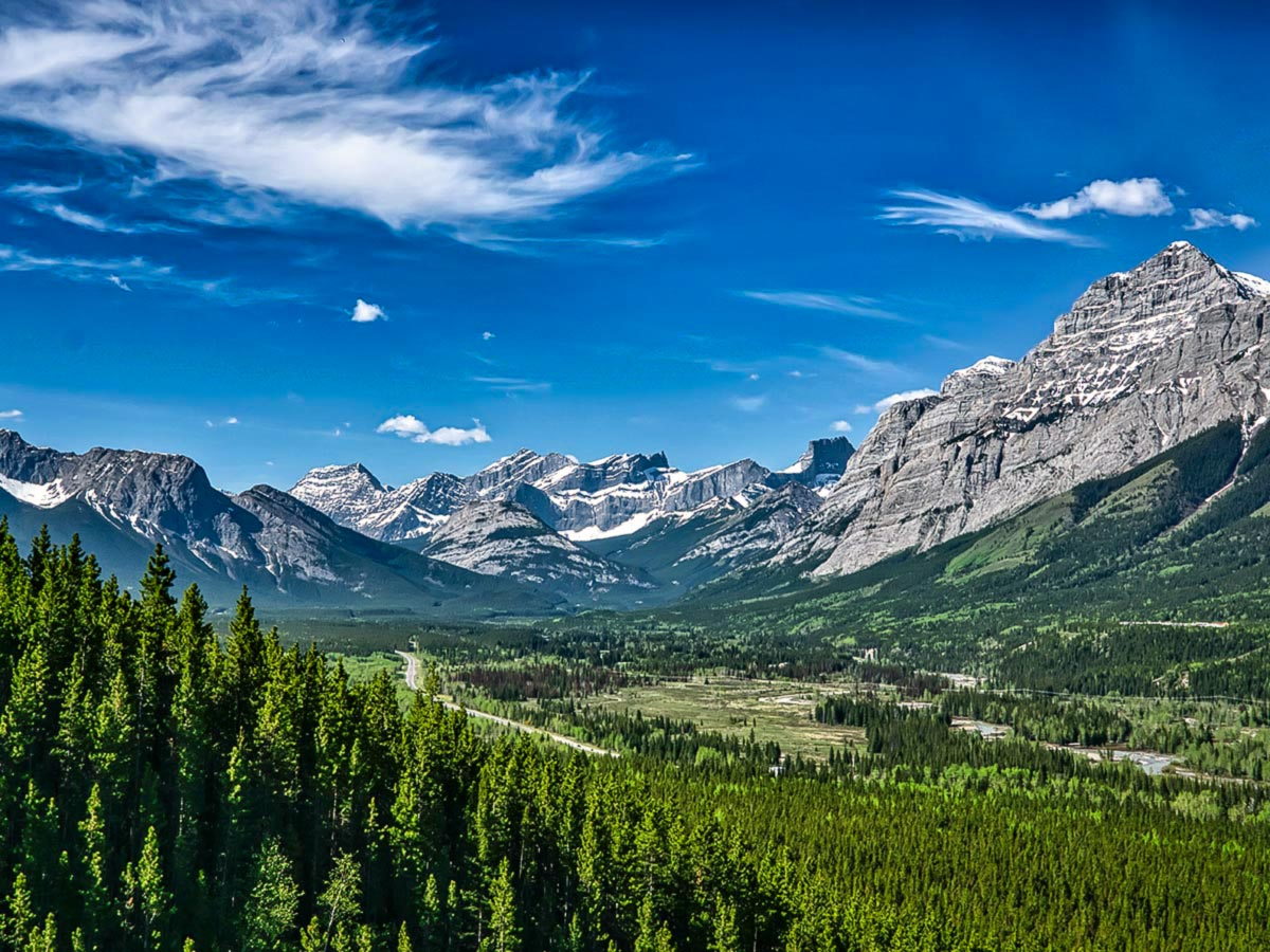 Beautiful views of the Kananaskis Country, seen on 12 day guided tour to Canadian Rockies