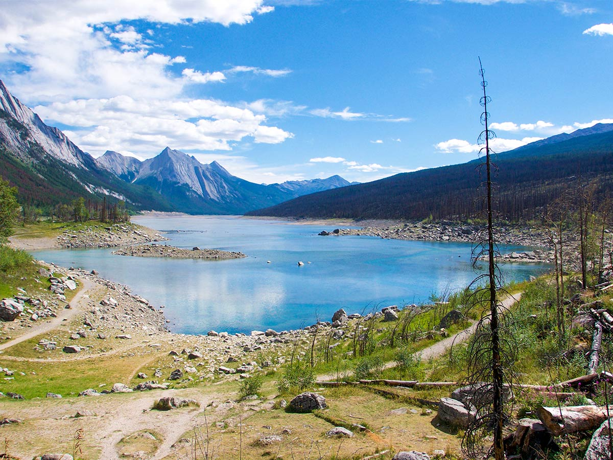 Medicine Lake in Jasper National Park seen on a guided camping tour in the Canadian Rockies