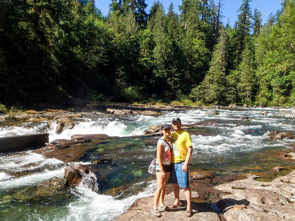 Couple posing near Campbell River in Vancouver Island on a guided tour