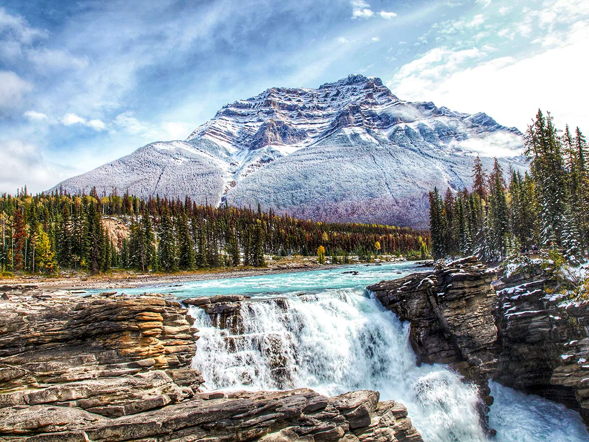 Athabasca Falls in the Jasper National Park seen on a tour in Banff and Jasper with a guide