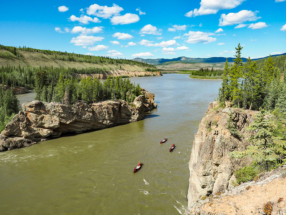 The Gold Rush Tour includes canoeying on Teslin and Yukon Rivers