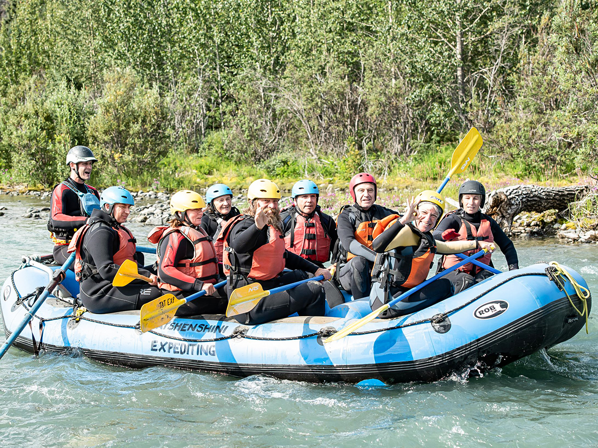 Rafting at Tatshenshini River on Gold Rush Tour