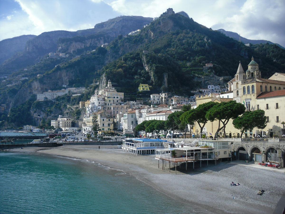 Beautiful bay and marina on self guided Amalfi and Capri walk