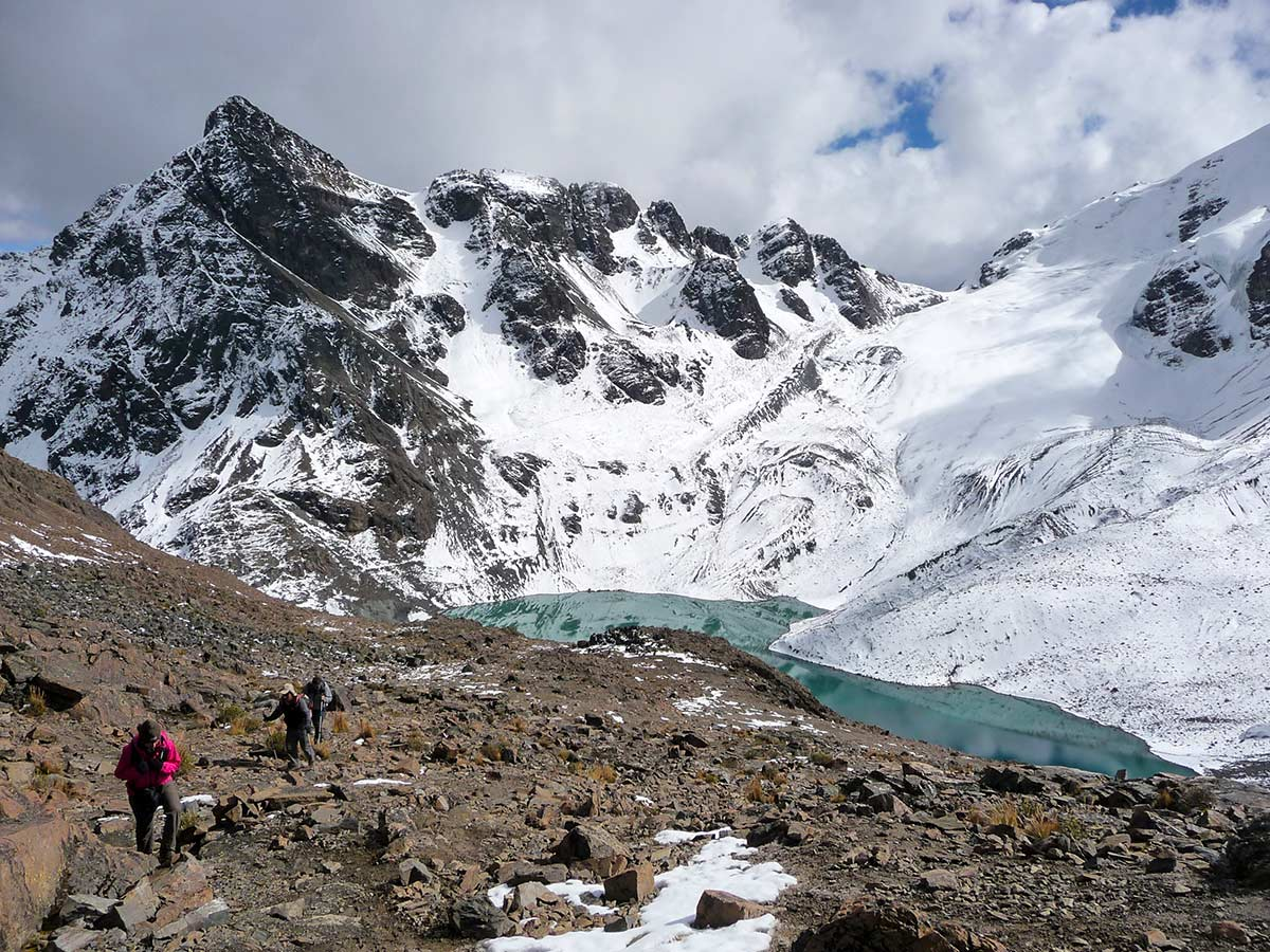 guided Andes Journey in Bolivia Tour rewards with a glimpse to Real Cordillera