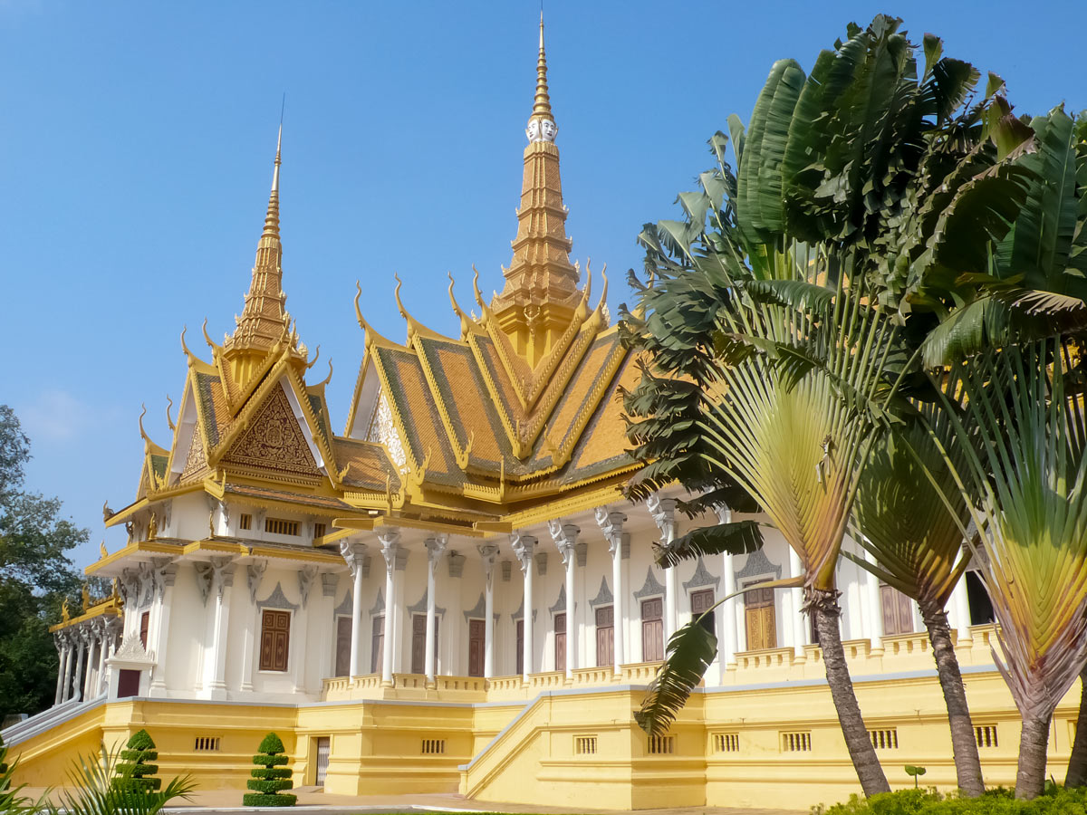 Guided biking tour in Cambodia includes visiting the Royal Palace in Phnom Penh