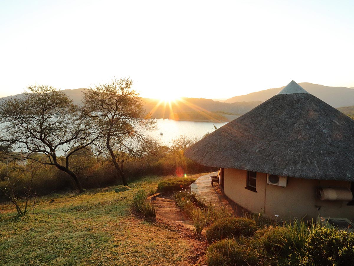 Maguga Lodge Chalet View scaled