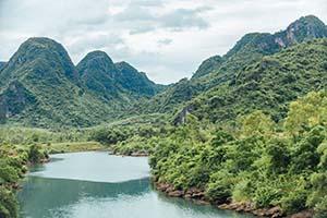 Explore Vietnam South to North Tour