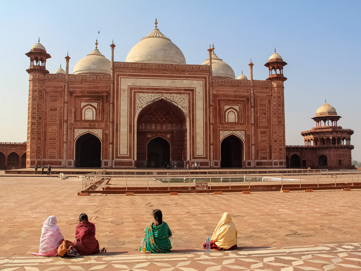 Uttar Pradesh Mosque facing Taj Mahal in Agra India two day adventure tour