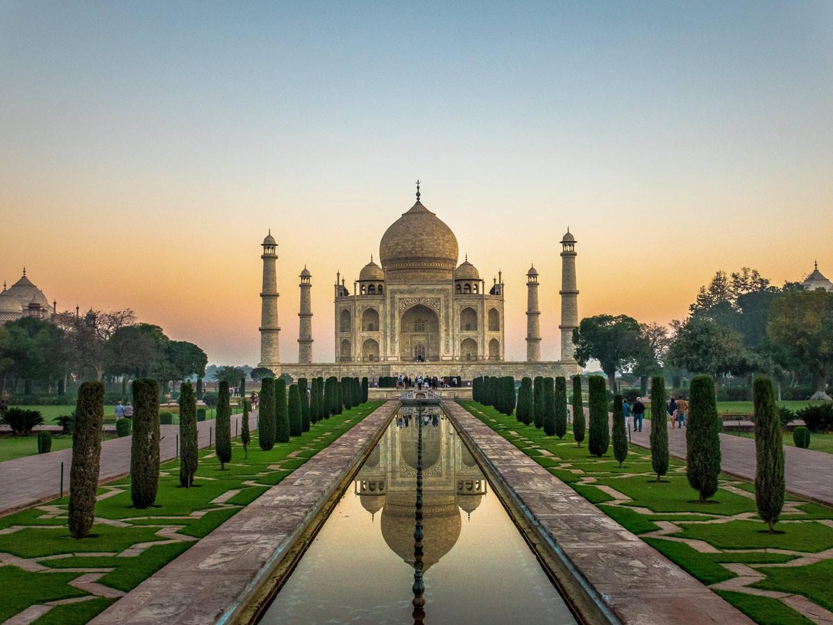 Agra Uttar Pradesh exploring forts and palaces India