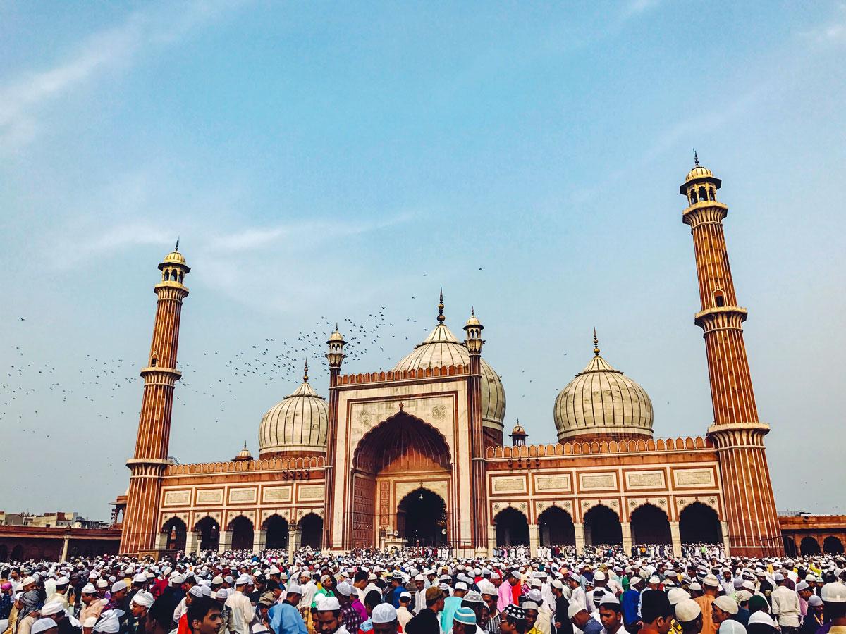 Jama Masjid Delhi exploring forts and palaces India